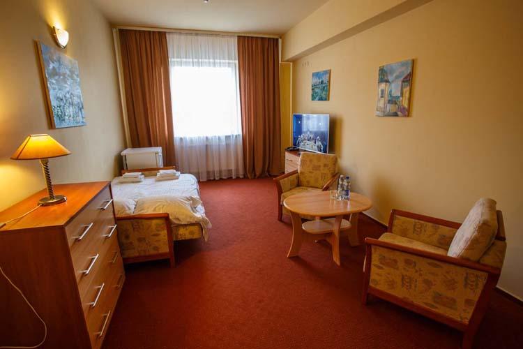 hotel_alimar_job_6